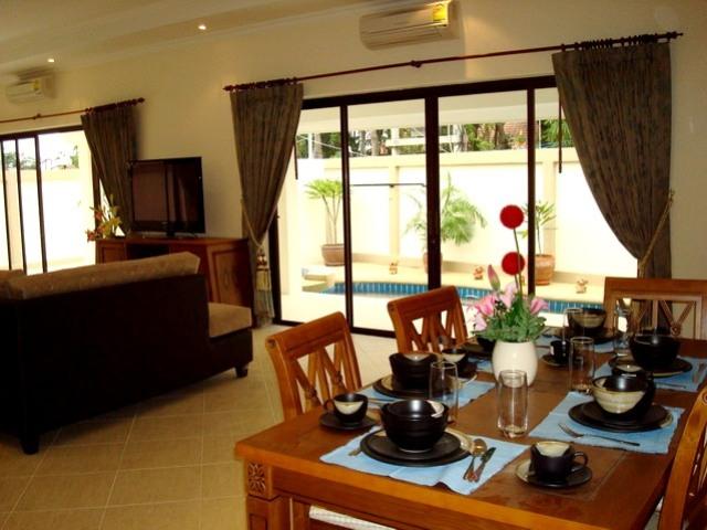 3 Bedroom , House for rent: 3 Bedrooms House for rent in Jomtien ฿50,000 per month